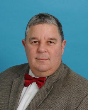 Dr. Norman Ramírez Lluch